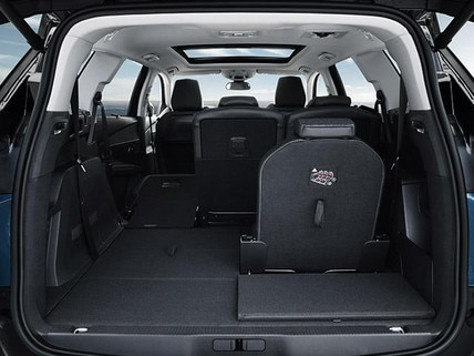 SUV_Peugeot_5008
